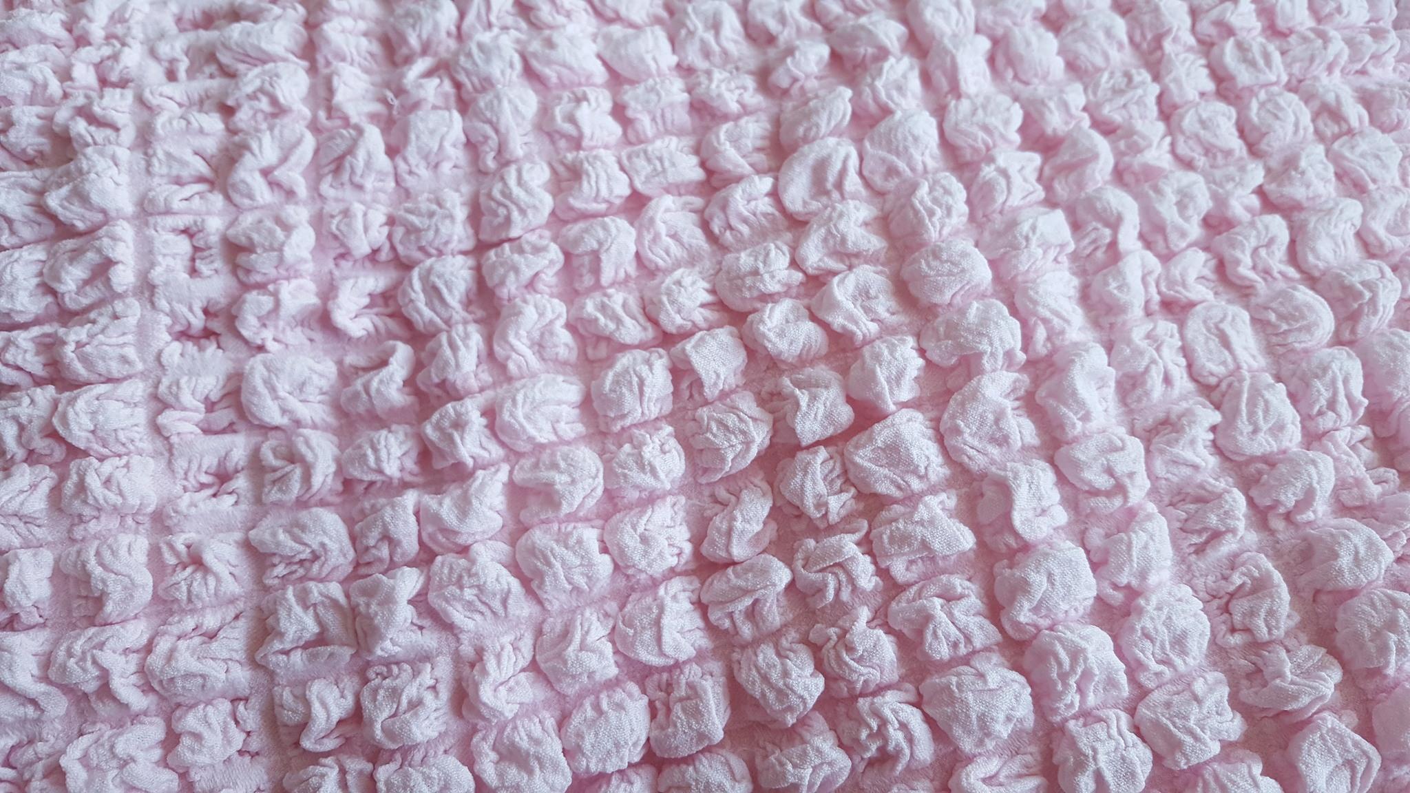 Чехол на 3-х местный диван розовый 1