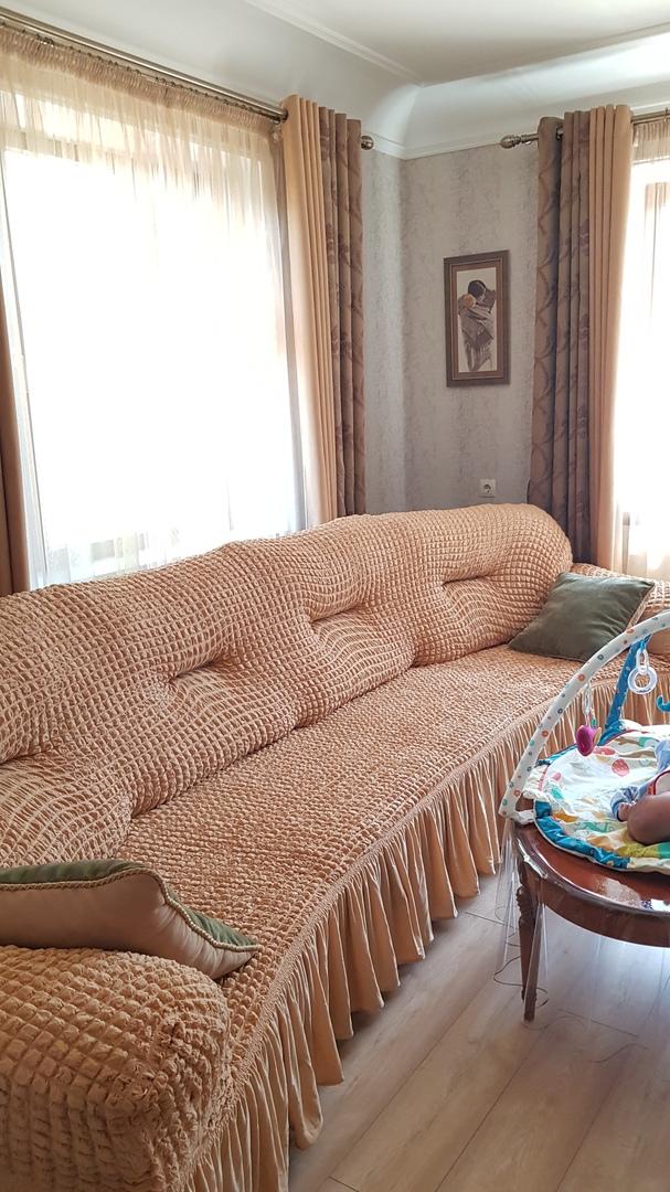 Чехол на 4-х, 5-ти местный диван песочный
